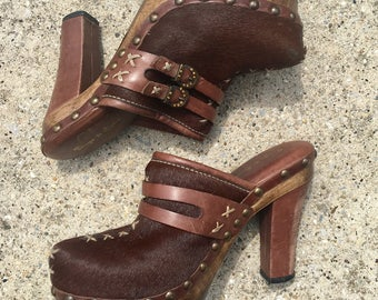 Pony hair brown platform leather clogs / women's size US 9 / free shipping