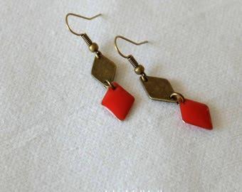 BO graphics small diamonds - red-orange