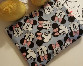 NEW Minnie Mouse reversible book sleeve