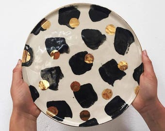 Large Round Patterend Platter