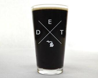 Detroit Glass | Detroit Pint Glass - Beer Glass - Pint Glass - Beer Glasses - Pint Glasses - Beer Mug - Detroit Michigan