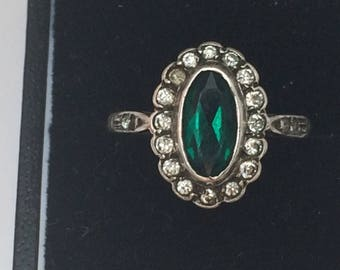 EDWARDIAN RING 9CT GOLD and Sterling silver clear and emerald paste