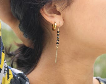Earrings AZIZA // Golden earrings, black glass beads // Tan Tao Jewels