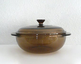 Pyrex Corning 1.5 Liter Round Amber Casserole With Lid and Two Handles