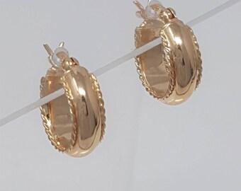 GORGEOUS 14k Gold Small Hoop Vintage Earrings