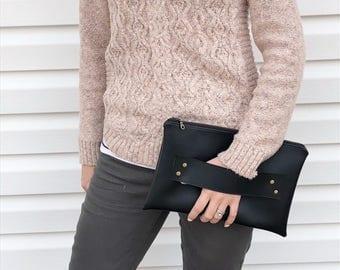 Black Vegan Leather / Vegan Leather Clutch / Vegan Bag / Handstrap Clutch / Black Clutch / Clutch Strap / Clutch Purse / Clutch / Wristlet