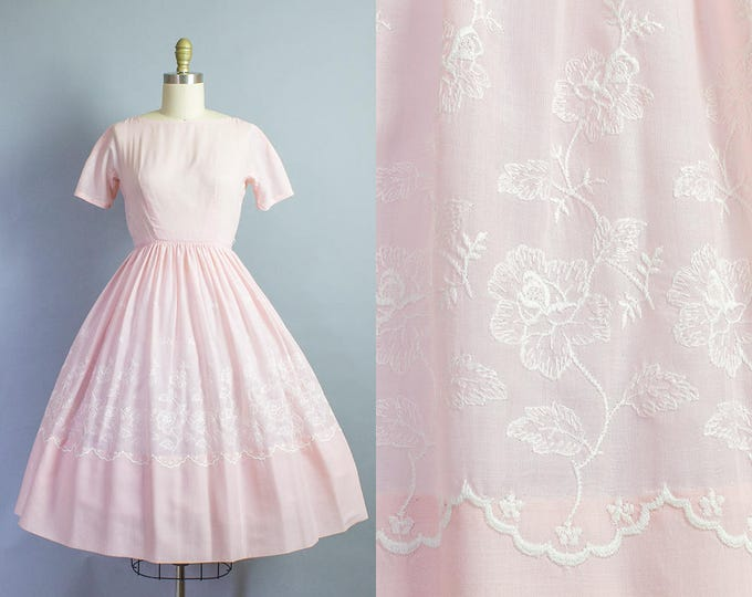 1950s Rose Embroidered Dress/ XS (34B/24W) Petite