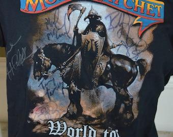 Vintage AUTOGRAPHED Molly Hatchet World Tour Mustache Graphic T-Shirt (Size: L)
