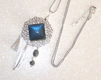 Long necklace Silver Blue/dark rose with feather, beads and tassel