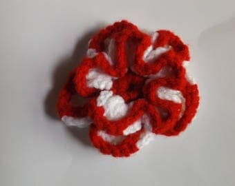 Red and White Flower Hairclip