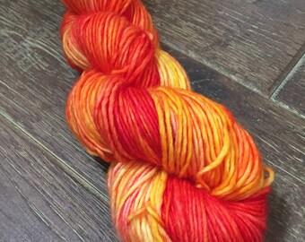 Hand Dyed Singles Superwash Merino DK/Light Worsted Yarn Wool, 100g/3.5oz, 'Sunday Bellini'