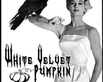 White Velvet Pumpkin - Halloween 2017 Collection - Perfume for Women - Love Potion Magickal Perfumerie