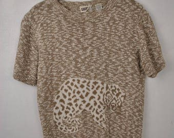 Amazing leopard cream beige knit sweater // Country Suburbans // Small Short sleeve sweater // cat lion animal