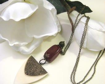 Red Agate and Bone Pendant, Gemstone Pendant, Long Pendant, Long Necklace, Gemstone Necklace, Bronze Jewelry, Boho Chic Jewelry