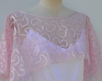 Pink bridal poncho, wedding burp rebroder cape pink embroidered tulle wedding pink burp bride embroidered, embroidered poncho