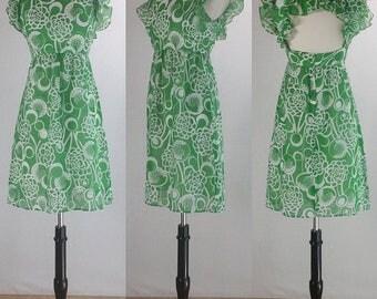1960's Green & White Hawaiian Print Summer Pinafore Sun Dress | Alamor Joan Sparks Designs | Size Extra Small/Small