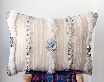 MOROCCAN PILLOW #274, Moroccan Wedding Blanket Pillow, Moroccan Cushion, Vintage Pillow, Decorative Pillow, Handira Pillow, Moroccan Pillows