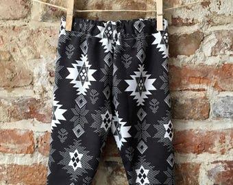 Patterned leggings