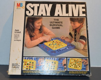 1978 Milton Bradley Stay Alive The ultimate Survival Game