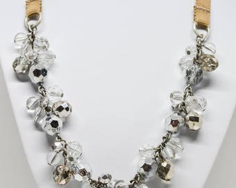 Lavely large crystal necklace