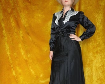 Vintage Black & White Satin Kenny Rodgers Blouse/ Rockabilly Western Black and White Satin Blouse/ Long Sleeve Western Snap Button Shirt