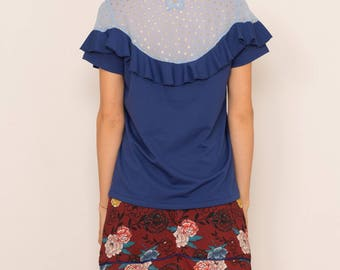 Blouse in chiffon, Ruffles on the shoulders and back details. Royal blue color