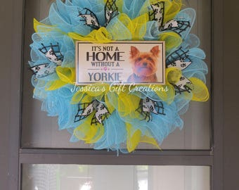 Made to Order Dog Mesh Wreath/Door Wreath/Front Door/Dog Lovers Gift/Everyday/Year Round/Birthday Gift/Housewarming/Welcome/Home/Paw Prints
