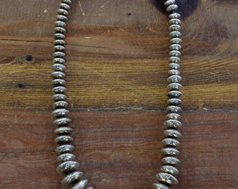 Vintage Navajo Sterling Silver Graduated Stamped Bead Necklace