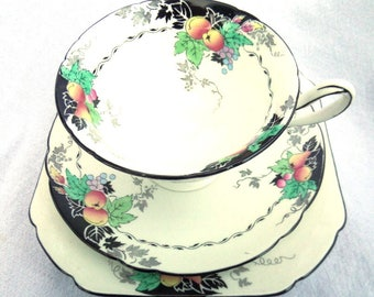 Shelley Tea Cup, Saucer & Side Plate, Porcelain Tea Trio, Gainsborough Shape, Piece No 11472, Dates to 1926, Absolutely Immaculate Condition
