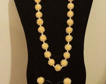 Vintage glass cluster bead necklace and earrings jewelry set mod 1960s peach mod jewelry vintage 60's jewelry jackie O **FREE SHIP**