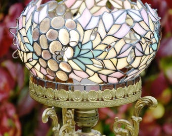 Grapes Tiffany Lamp. Stained glass art. Art deco. Tiffany lamp shade. Stained glass home decor. Stained glass lamp shade. Vitrage lamp