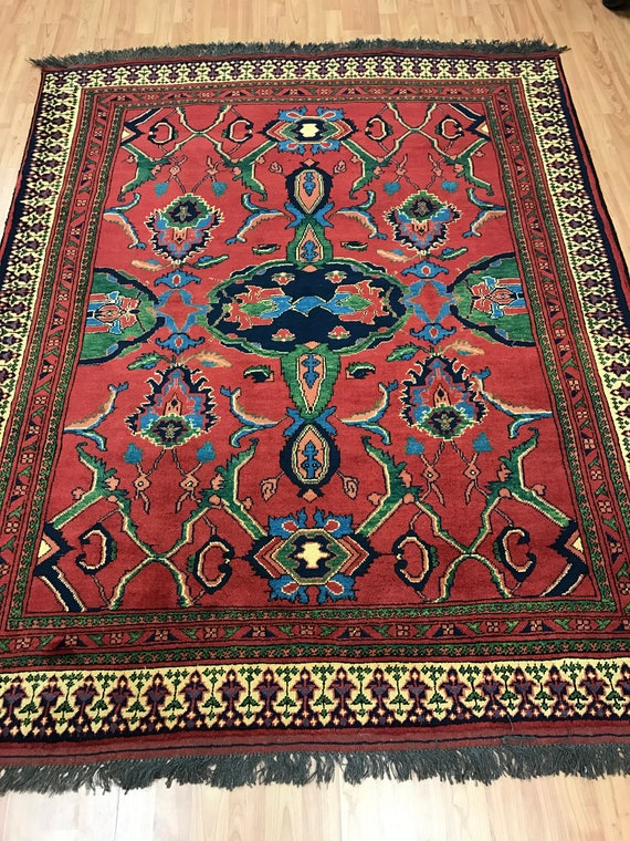 "5'6"" x 8'6"" Pakistani Karghai Oriental Rug - Vegetable Dye - Hand Made - 100% Wool"