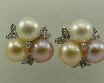 Freshwater Multi-Color Pearl Earring with 14k White Gold and Diamonds 0.26ct
