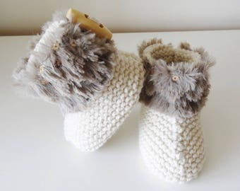 Beige fur and glitter baby booties / baby 0/3 months - baby - baby boots - fur shoes