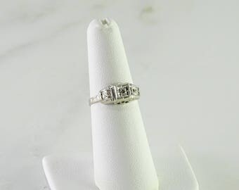 Art Deco Diamond 14K Gold Ring Size 6.5