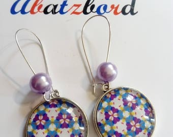Earring dangle pendant vintage ethnic graphic colorful blue and purple