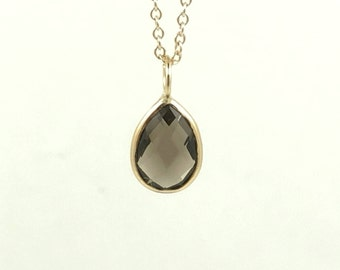 9x6 Pear Shaped Checkerboard Smoky Quartz Charm Set In 14K Solid Gold