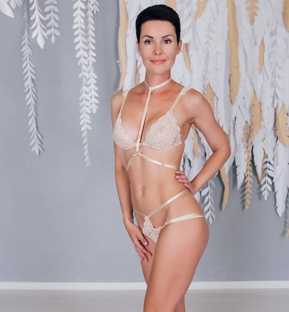 Bridal lingerie set Honeymoon lingerie Lace lingerie set Nude