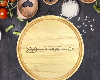 Personalized Cutting Board Round, Cutting Board Personalized, Wedding Gift, Housewarming Gift, Anniversary Gift, Christmas Gift, B-0046