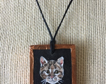 Handpainted cat necklace, Cat lover gift, Cat jewelry necklace, Cat painting, Pet portrait gift, Pet memorial gift, Pet painting cat