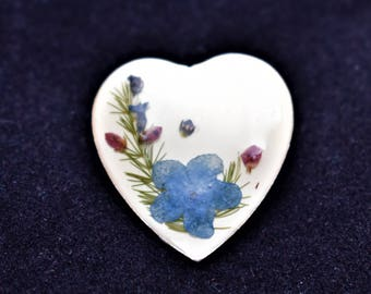 Vintage Delicate Heart Brooch Dried Pressed Violet Flower Floral Coat Sweater Pin 1.25""