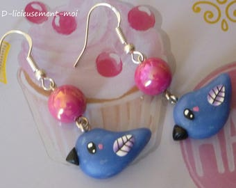 Earrings in 925 sterling silver blue kawaii bird polymer clay fimo and iridescent Pearl fuchsia