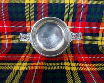 Vintage Scottish Quaich Friendship Cup Celtic Knotwork Scotch Whisky Drinking Cup Scots Heritage Gift Wedding Groomsman Best Man Gift c1980