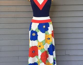 V-Neck Bold Floral Print Skirt Dress from 1970 Size Extra Small | A-Line | Burt Stanley