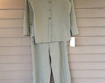 1970's Green and White Herringbone Leisure Suit | Elastic Waist Straight Leg | Wide Collar | Size Large 12 14
