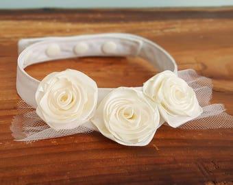 Dog flower collar, dog wedding attire, dog wedding bandana, dog flower girl, dog wedding outfit, Dog rose collar, Dog wedding clothes, Ivory