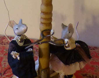Seamstresses mouse old hat - paper mache