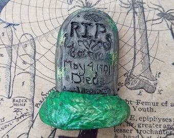 RIP Tombstone Cemetery Magnet - Halloween - Gothic Magnets