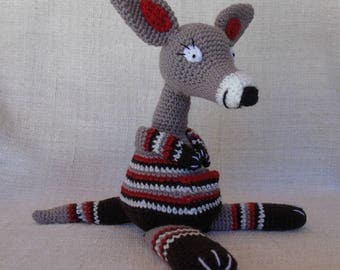 Kangaroo Jumpou adventurer, newborn blanket crochet