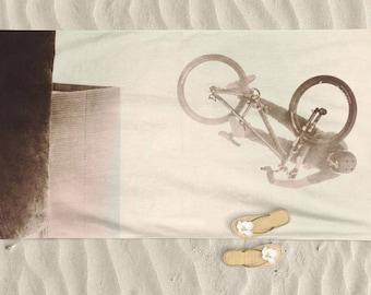 Beach Towel, Mens beach towel, bike art, mountain bike art, Cycling Art, Beach Lover, Men gift, Cycling Gift, Beach Gift, BMX, bicycle art